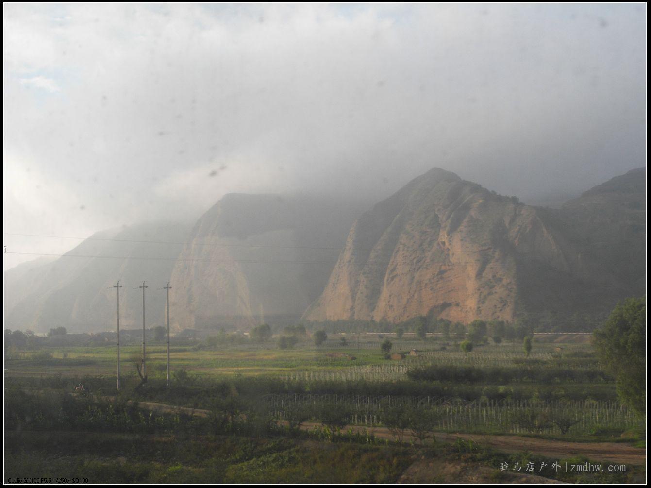 新疆行(一)——火车窗外的风景